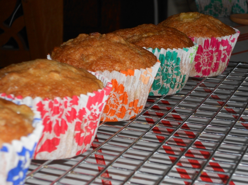aren't the cupcake liners cute?